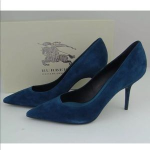 burberry teal suede pump 38 or 7.5 worn 3x boxed